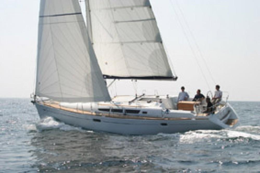 Louer Voilier avec ou sans skipper Jeanneau à Italie