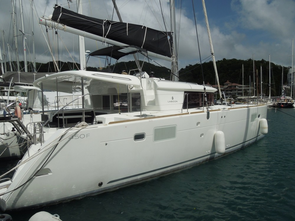Location bateau Calliaqua pas cher Lagoon 450 F