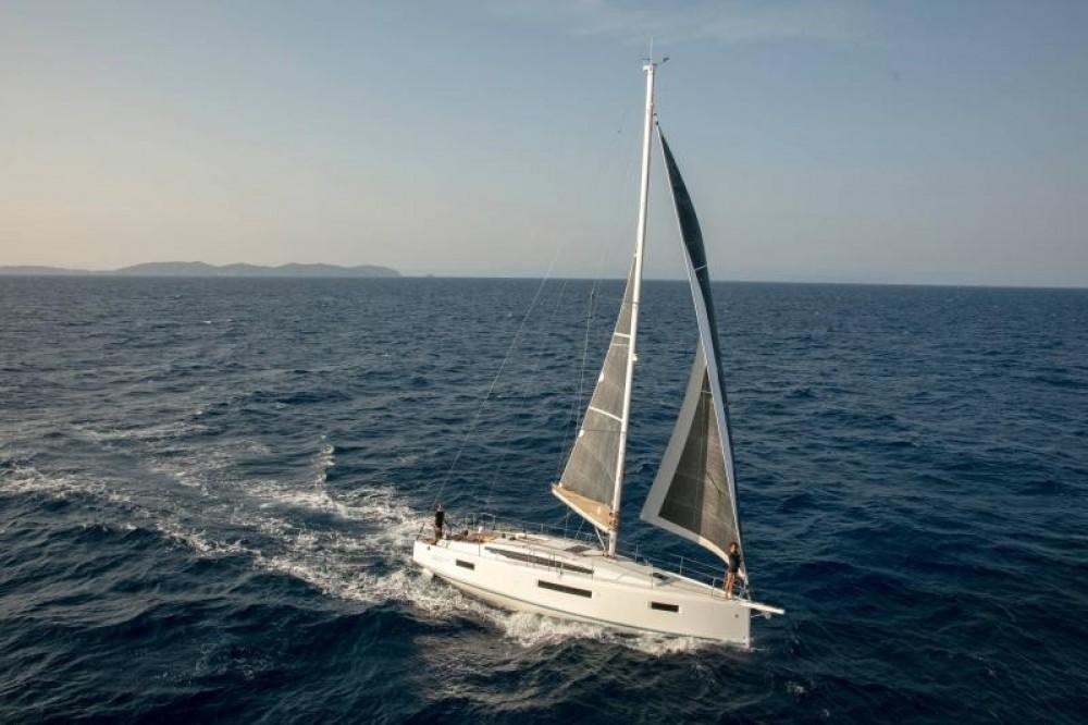 Location bateau  pas cher Sun Odyssey 410