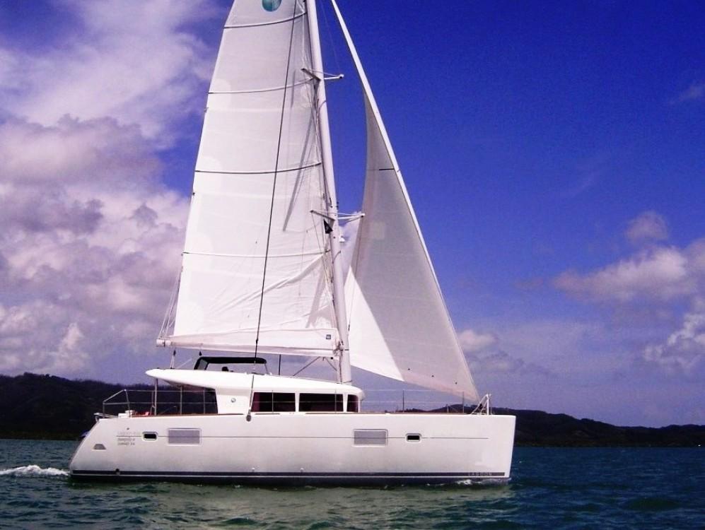 Location bateau Phuket pas cher Lagoon 400 S2