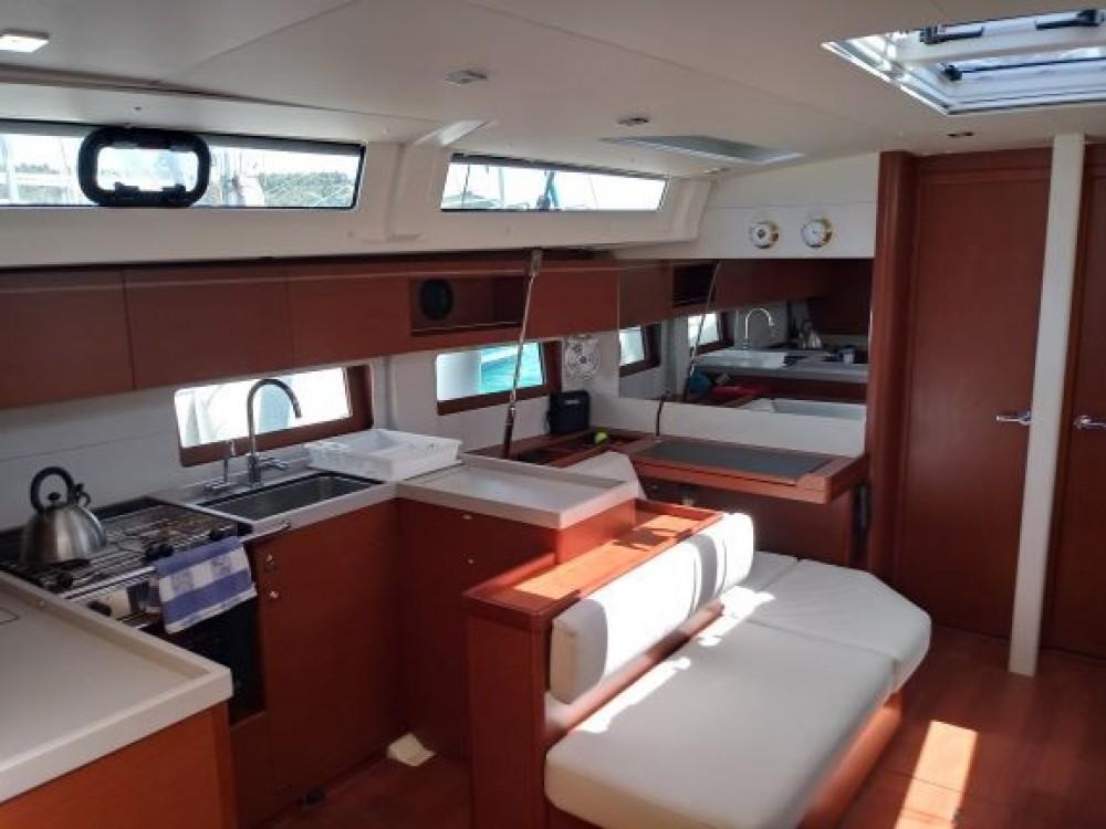 Location bateau Skiathos pas cher Oceanis 51.1