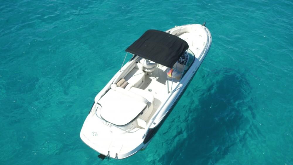 Location bateau Monterey 278ss à Ibiza sur Samboat