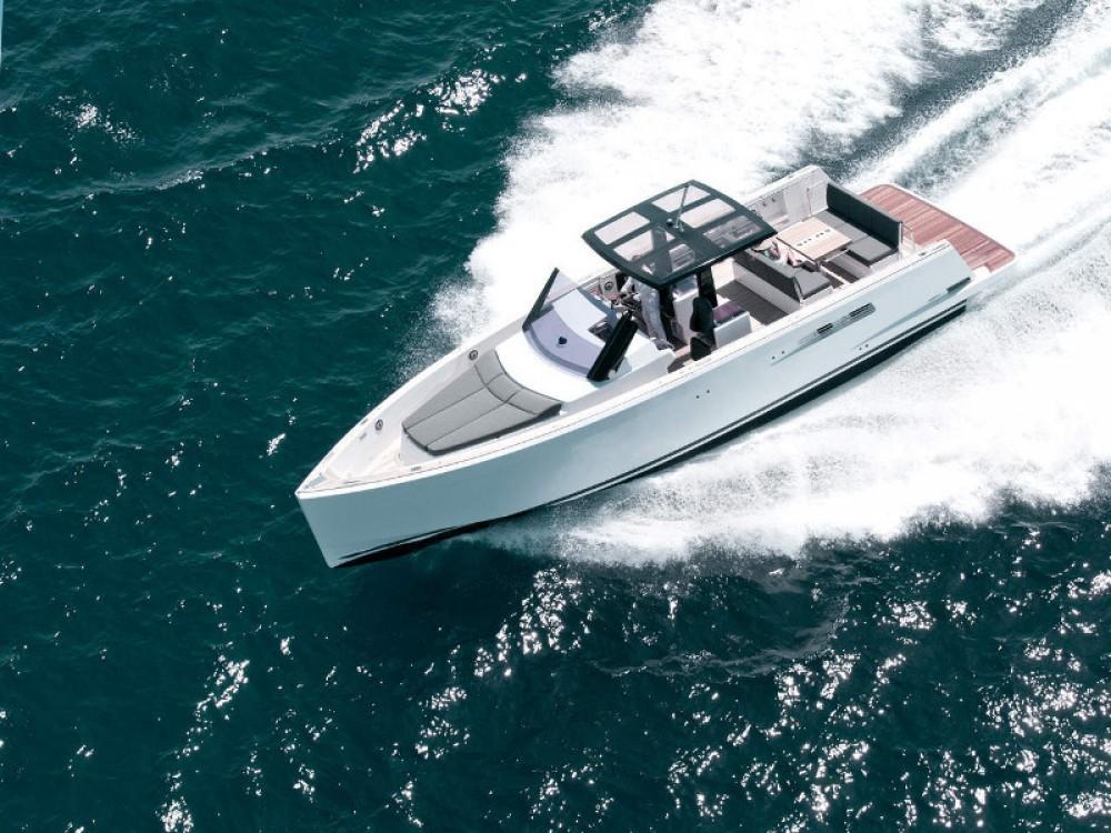Louer Bateau à moteur avec ou sans skipper Fjord à