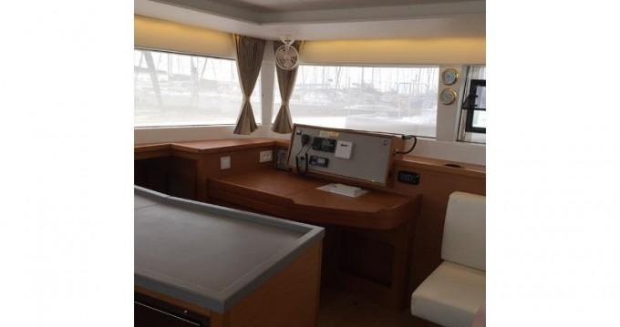 Location bateau Álimos pas cher Lagoon 450 F