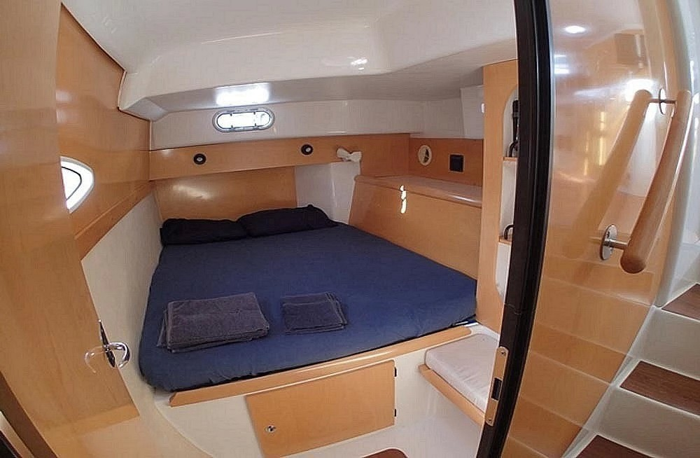 Louer Catamaran avec ou sans skipper Fountaine Pajot à Le Pirée
