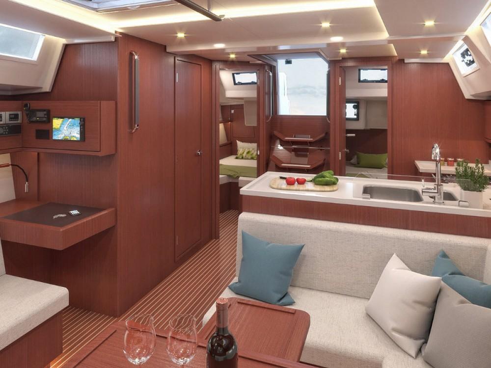 Location bateau Bavaria Bavaria C45 Style à Laurion sur Samboat