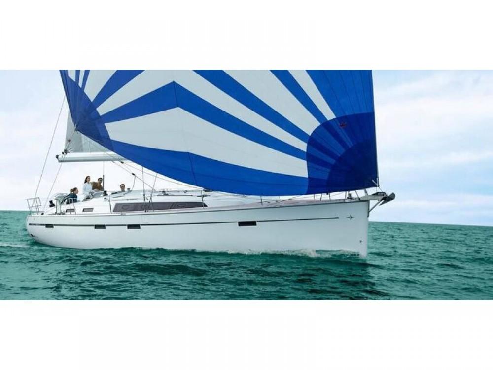 Bavaria Bavaria Cruiser 51 entre particuliers et professionnel à Laurion