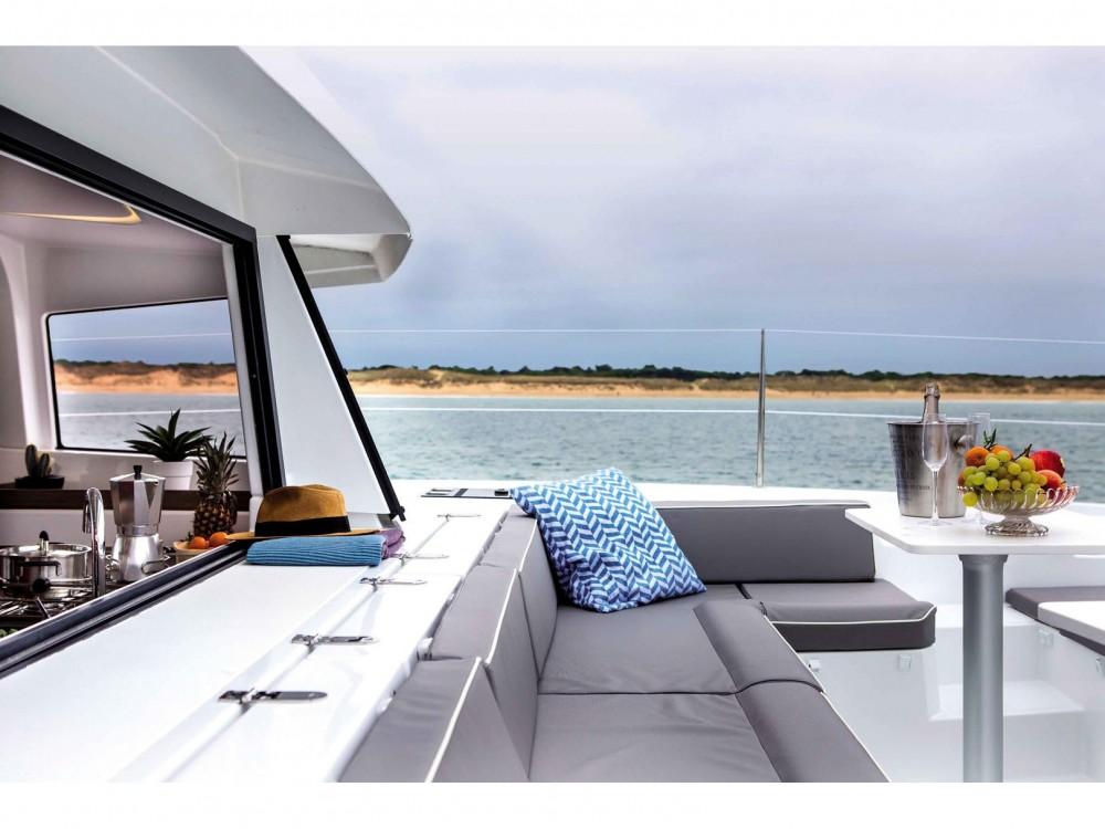 Catamaran à louer à Victoria au meilleur prix