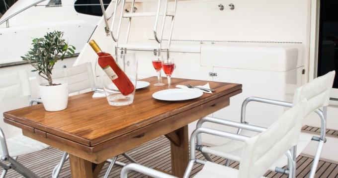 Location yacht à Álimos - Riviera Riviera 48 sur SamBoat