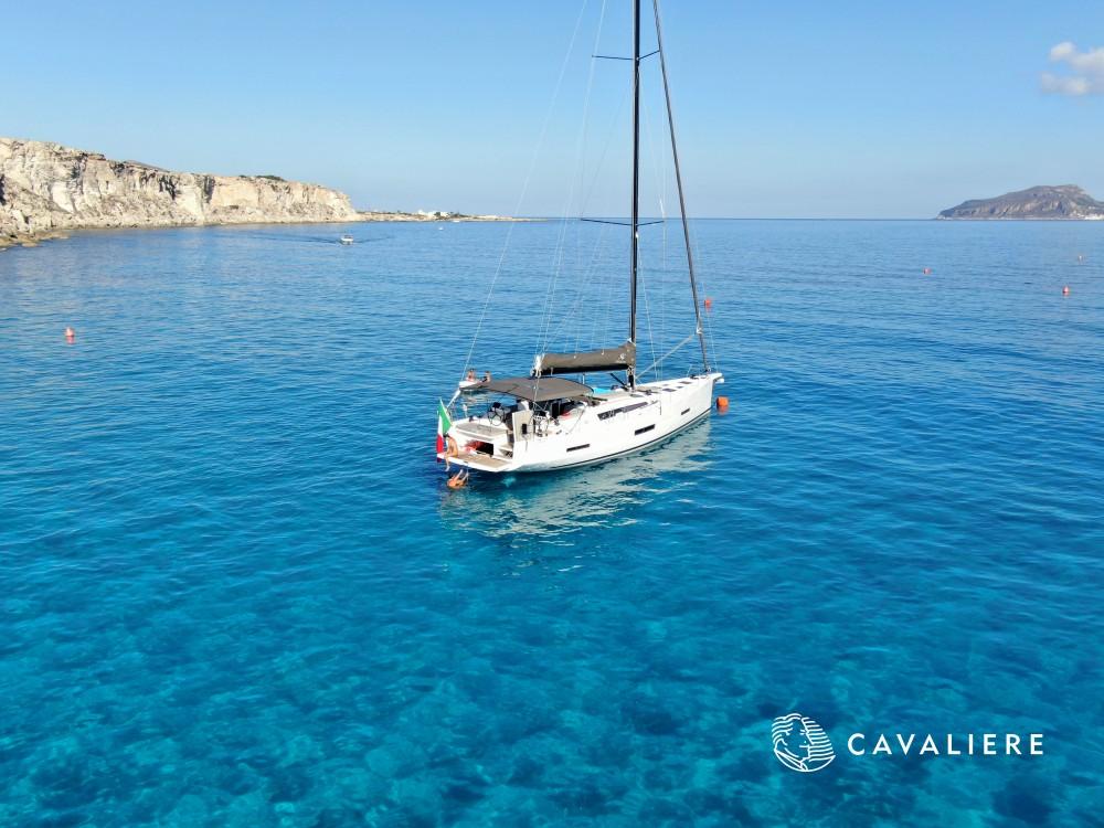 Location bateau Castellammare del Golfo pas cher Dufour 56 Exclusive