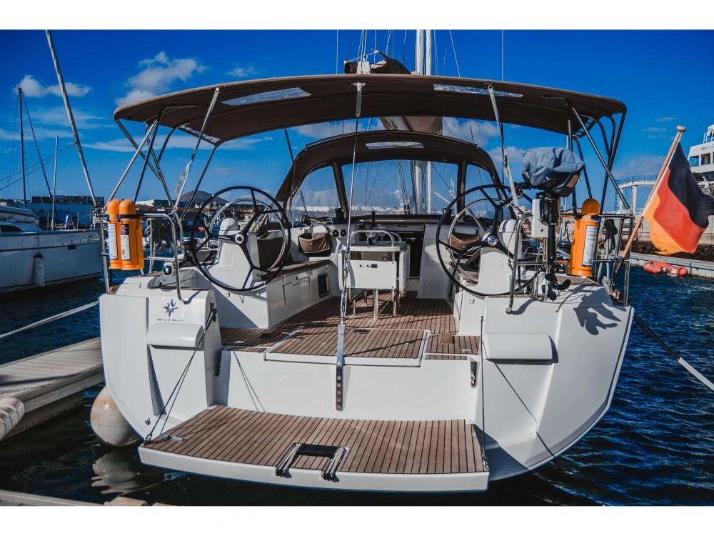 Location yacht à Marina Lanzarote - Jeanneau Sun Odyssey 519 sur SamBoat