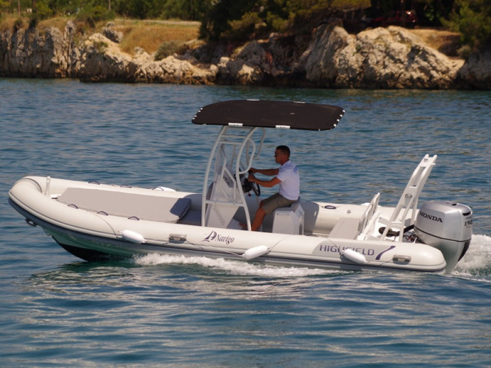 Louer Bateau à moteur avec ou sans skipper  à Sukošan