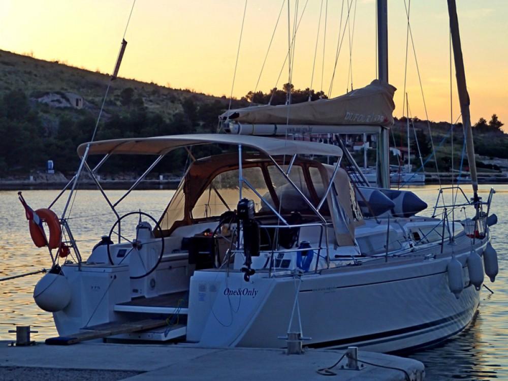 Location yacht à Sukošan - Dufour Dufour 375 GL sur SamBoat