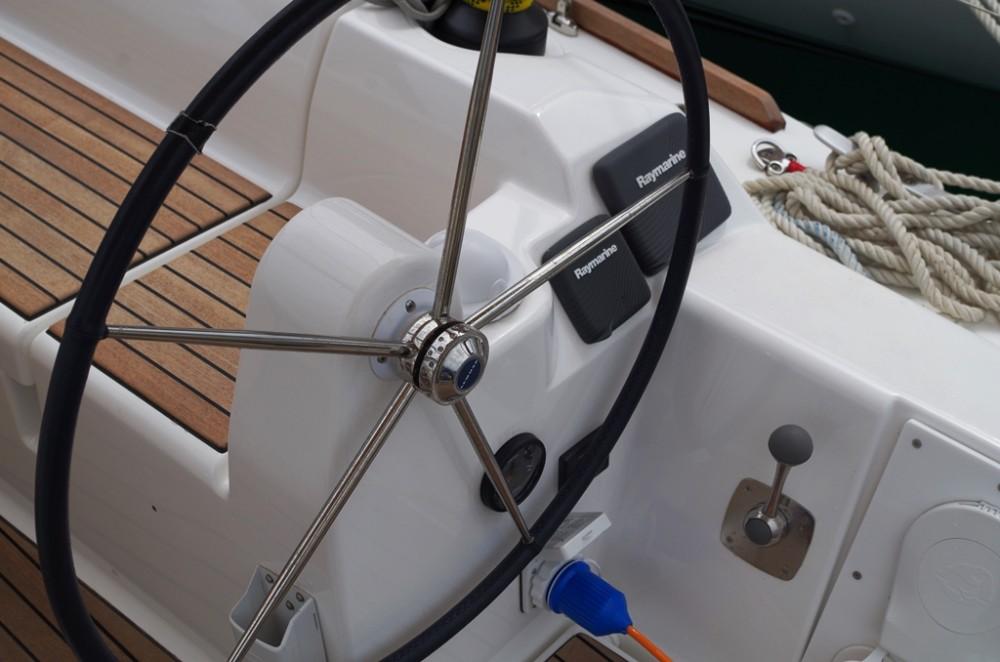 Location bateau Sukošan pas cher Dufour 350 GL