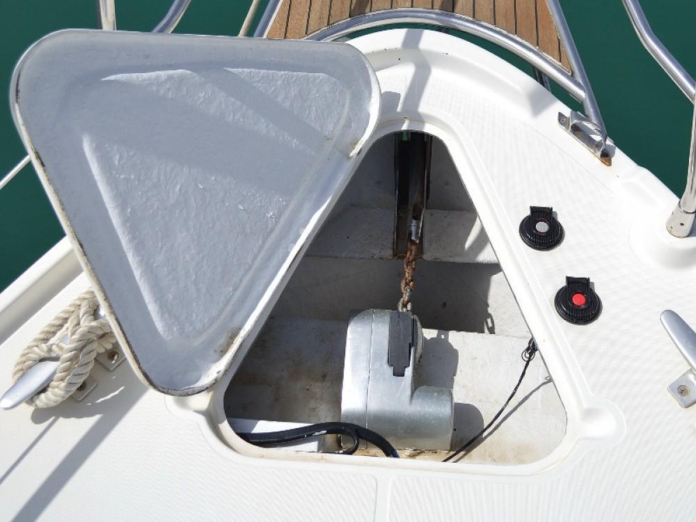 Louer Bateau à moteur avec ou sans skipper Sas Vektor à Sukošan