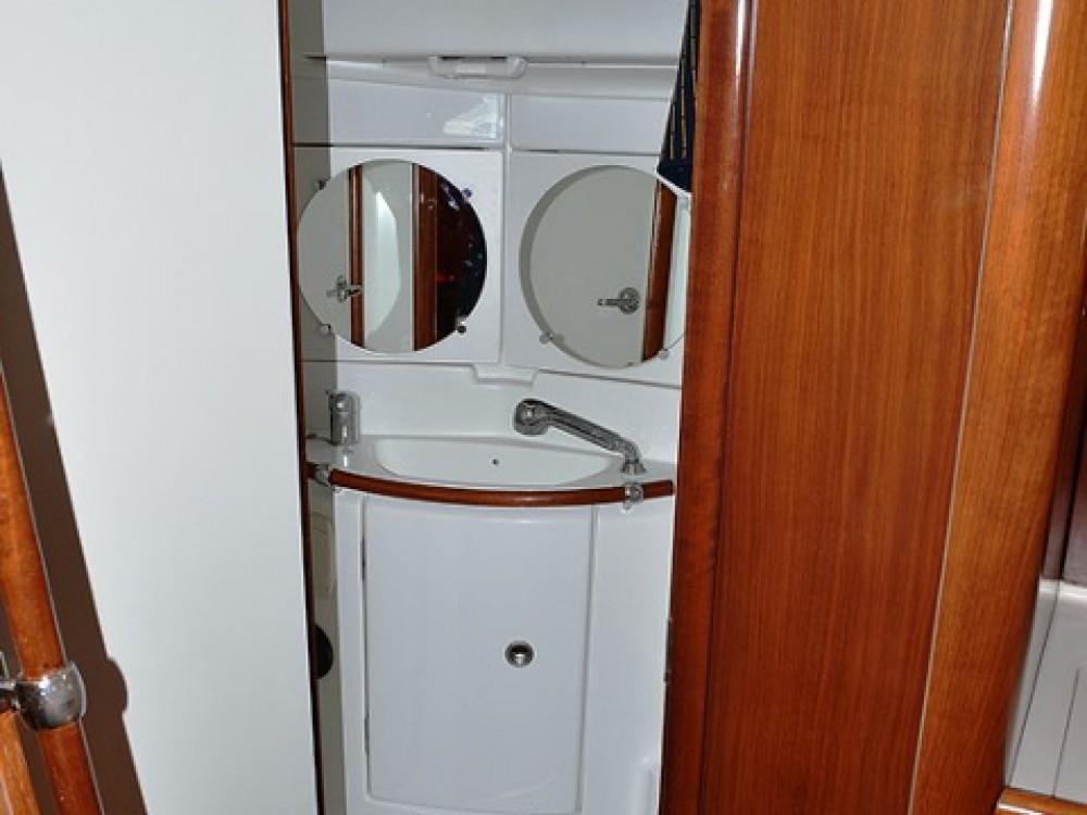 Louez un Bénéteau Oceanis Clipper 423 à Sukošan