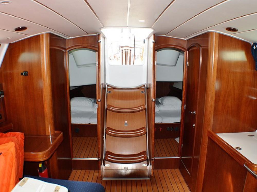 Location bateau Bénéteau Oceanis Clipper 423 à Sukošan sur Samboat