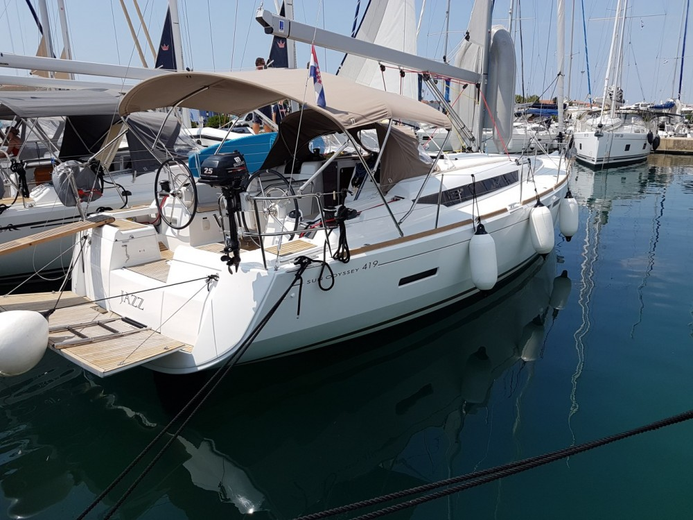 Location yacht à  - Jeanneau Sun Odyssey 419 sur SamBoat