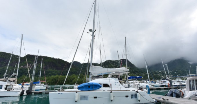 Location Catamaran à Eden Island - Lagoon Lagoon 380