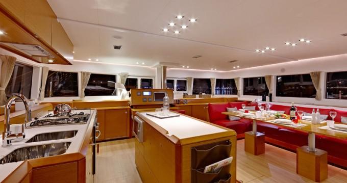 Location yacht à Eden Island - Lagoon Lagoon 620 sur SamBoat