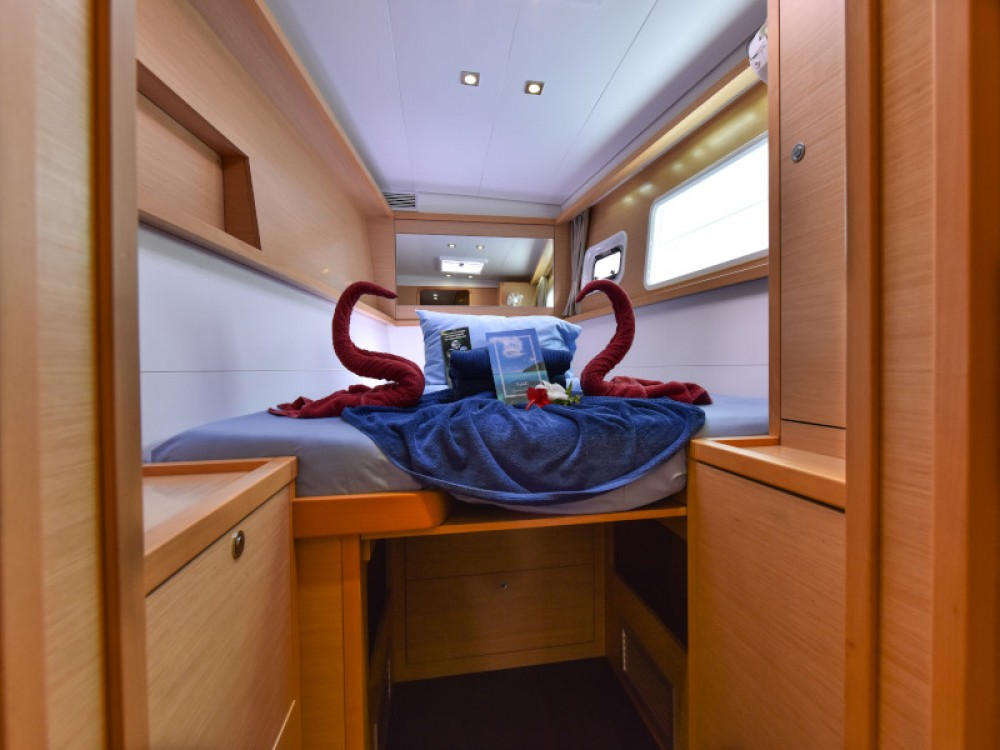 Location Catamaran à Victoria - Lagoon Lagoon 450