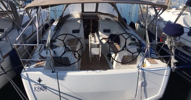 Location bateau Follonica pas cher Sun Odyssey 349