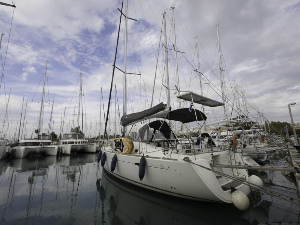 Bénéteau Oceanis 46 entre particuliers et professionnel à Laurion