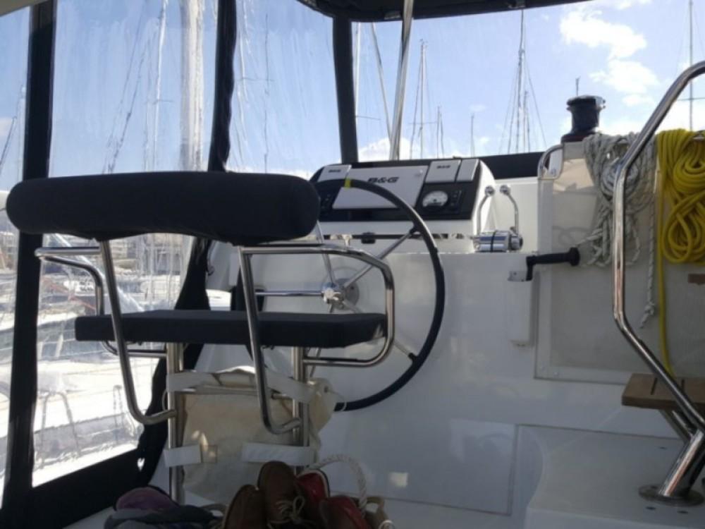 Location Catamaran à Álimos - Lagoon Lagoon 42