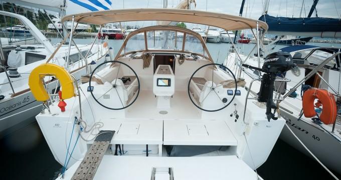 Location bateau Dufour Dufour 410 Grand Large à Níkiti sur Samboat