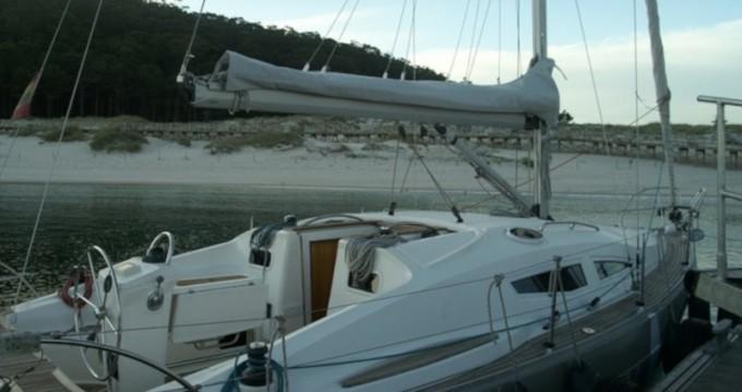 Location bateau Elan Impression 344 à Vigo sur Samboat