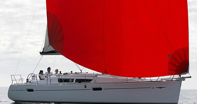 Louer Voilier avec ou sans skipper Jeanneau à Vigo