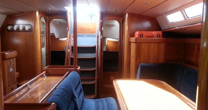 Location bateau Vigo pas cher Beneteau Oceanis 500