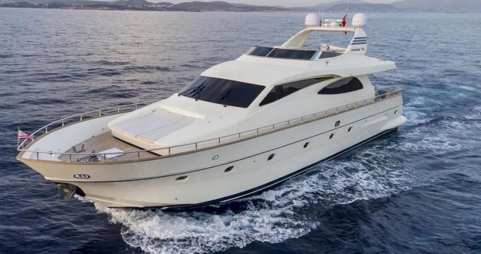 Yacht à louer à Cannigione au meilleur prix