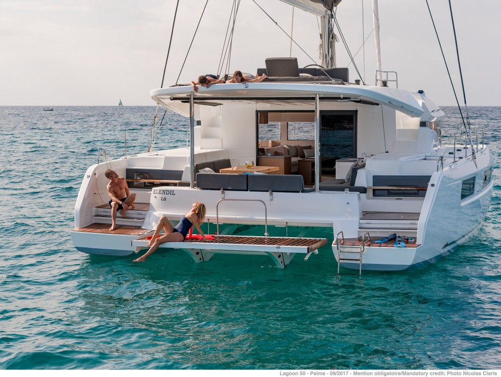 Location yacht à Spalato - Lagoon Lagoon 50 LUX (2020) equipped with airconditioning (saloon + cabins), generator, watermaker, ice maker, dishwasher, washer/dryer, 2 SUP sur SamBoat