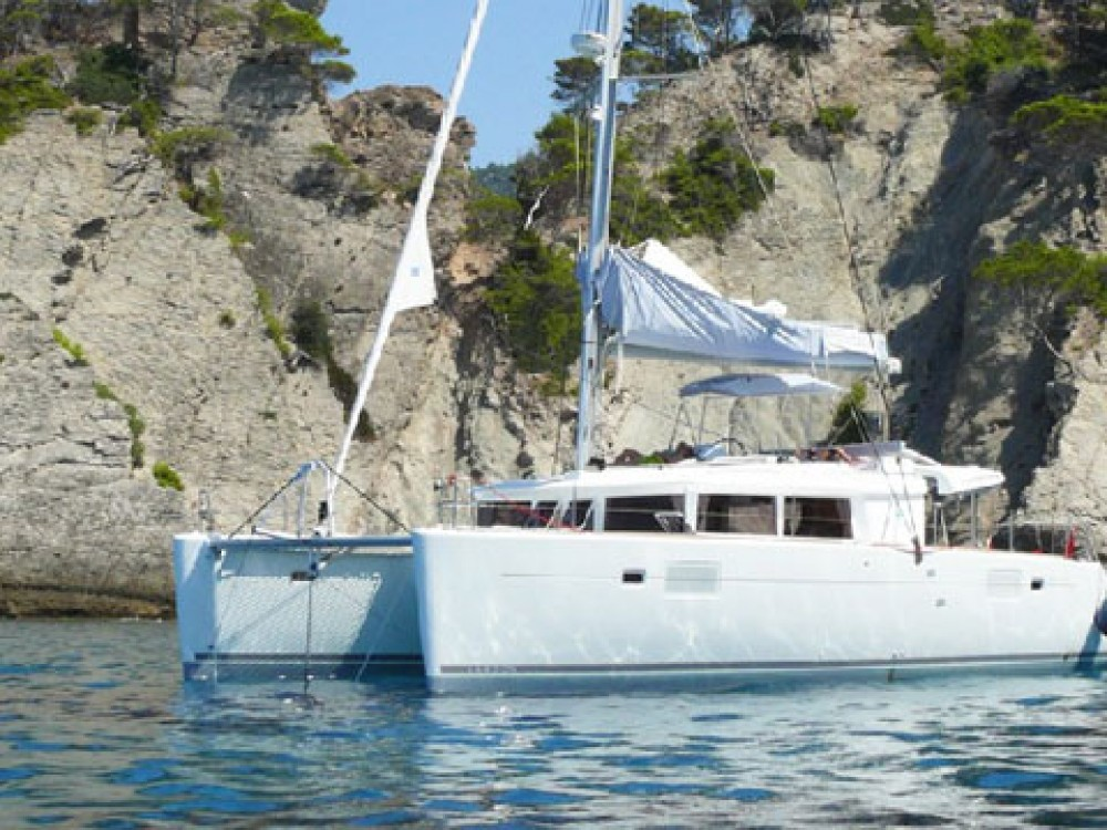 Location bateau Lagoon Lagoon 450 (2014) equipped with generator, A/C (saloon) à Slano sur Samboat