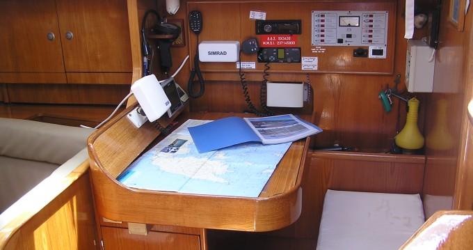 Louer Voilier avec ou sans skipper Jeanneau à Port de Lefkada