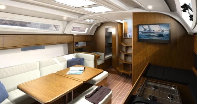 Bavaria Cruiser 41 entre particuliers et professionnel à Port de Lefkada