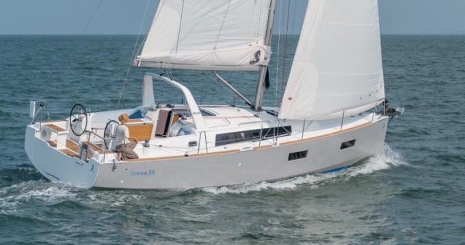 Location bateau Lefkada (Île) pas cher Oceanis 38.1