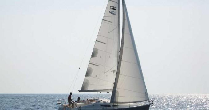 Location bateau Elan Impression 344 à Betina sur Samboat
