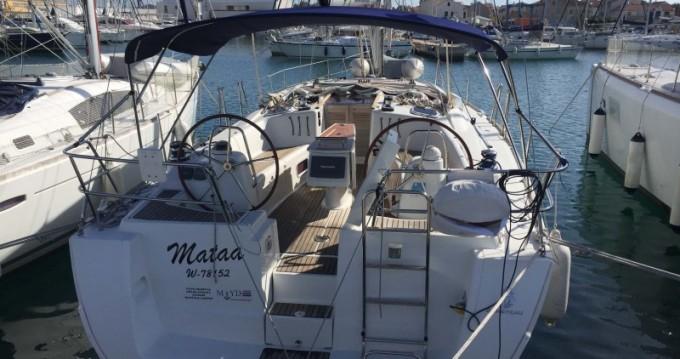 Location bateau Bénéteau Oceanis 43 à Betina sur Samboat