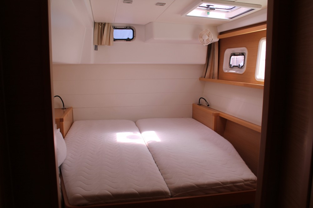 Catamaran à louer à Marsala Marina au meilleur prix