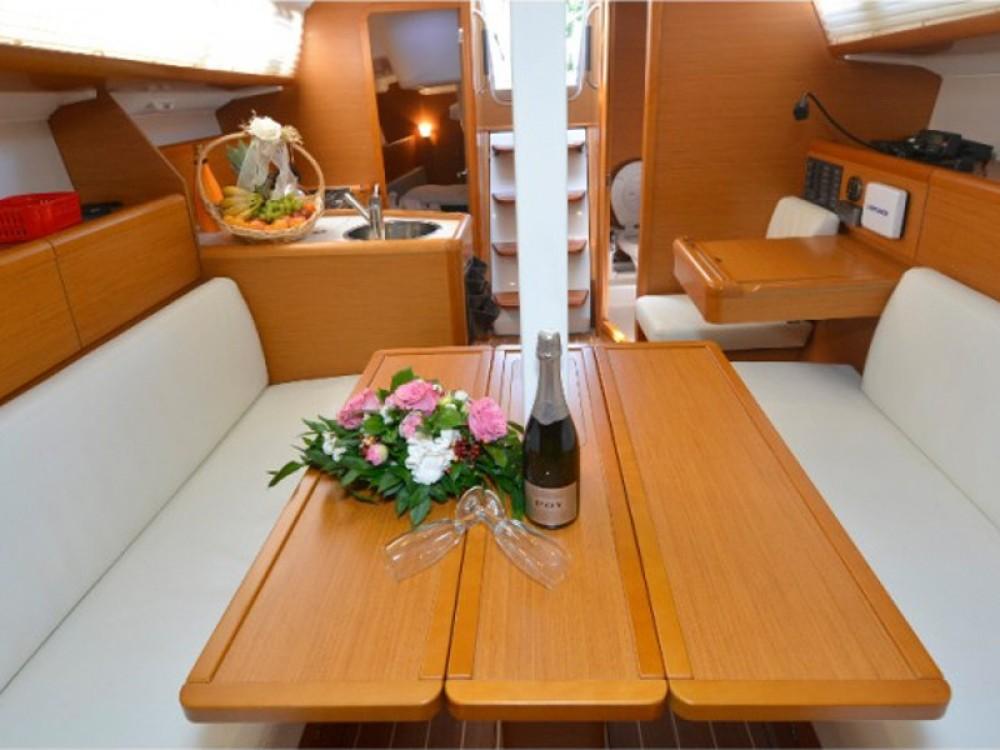 Location bateau Marsala Marina pas cher Sun Odyssey 33