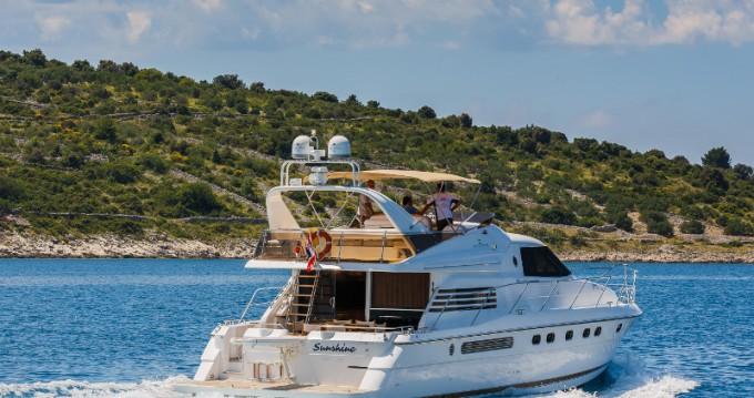 Louer Yacht avec ou sans skipper Fairline à Primošten