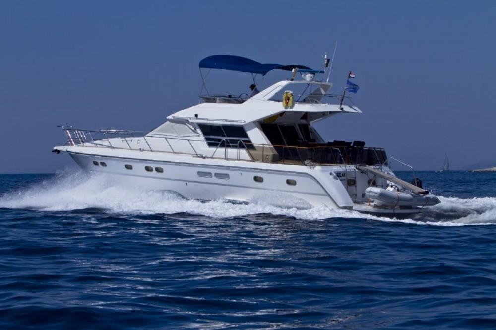 Yacht à louer à Primošten au meilleur prix