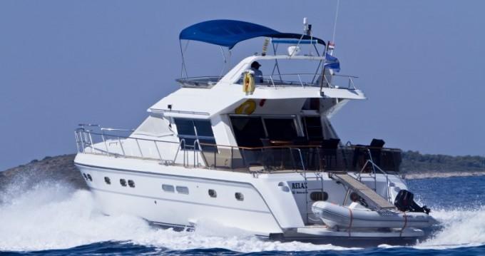 Location Yacht Yaretti avec permis