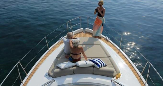 Louer Bateau à moteur avec ou sans skipper Bavaria à Biograd na Moru