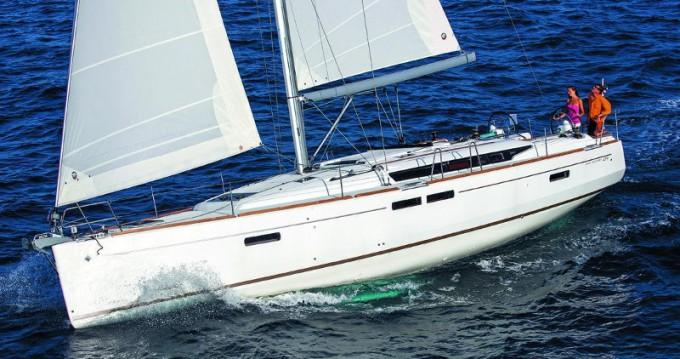 Location bateau Jeanneau Sun Odyssey 509 à Keramotí sur Samboat