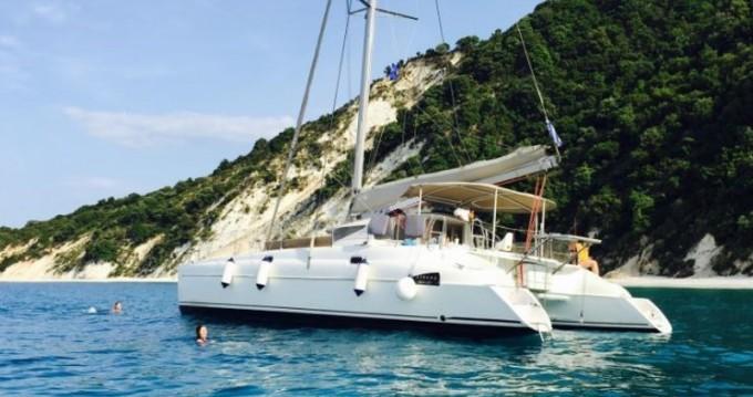 Location bateau Fountaine Pajot Athena 38 à Volos sur Samboat