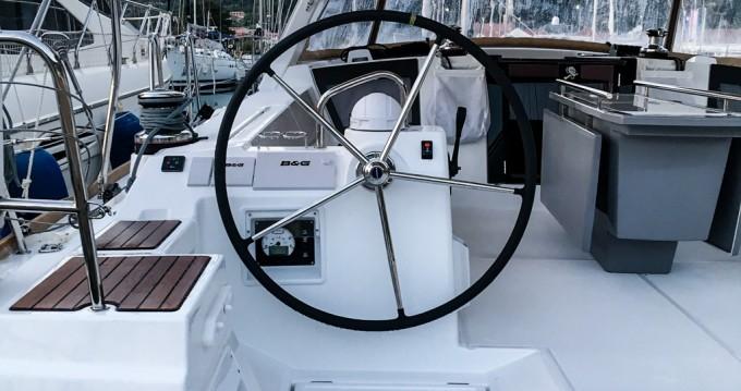 Louer Voilier avec ou sans skipper Bénéteau à Tivat