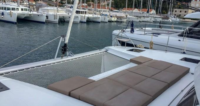 Location Catamaran à Punat - Fountaine Pajot Astrea 42
